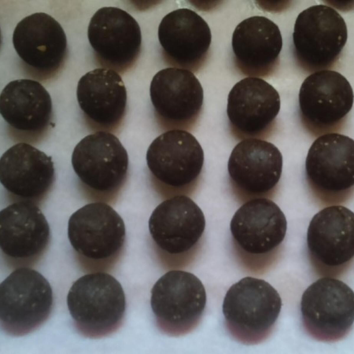 Ezen a képen: Kakaós golyók own food konyhájából