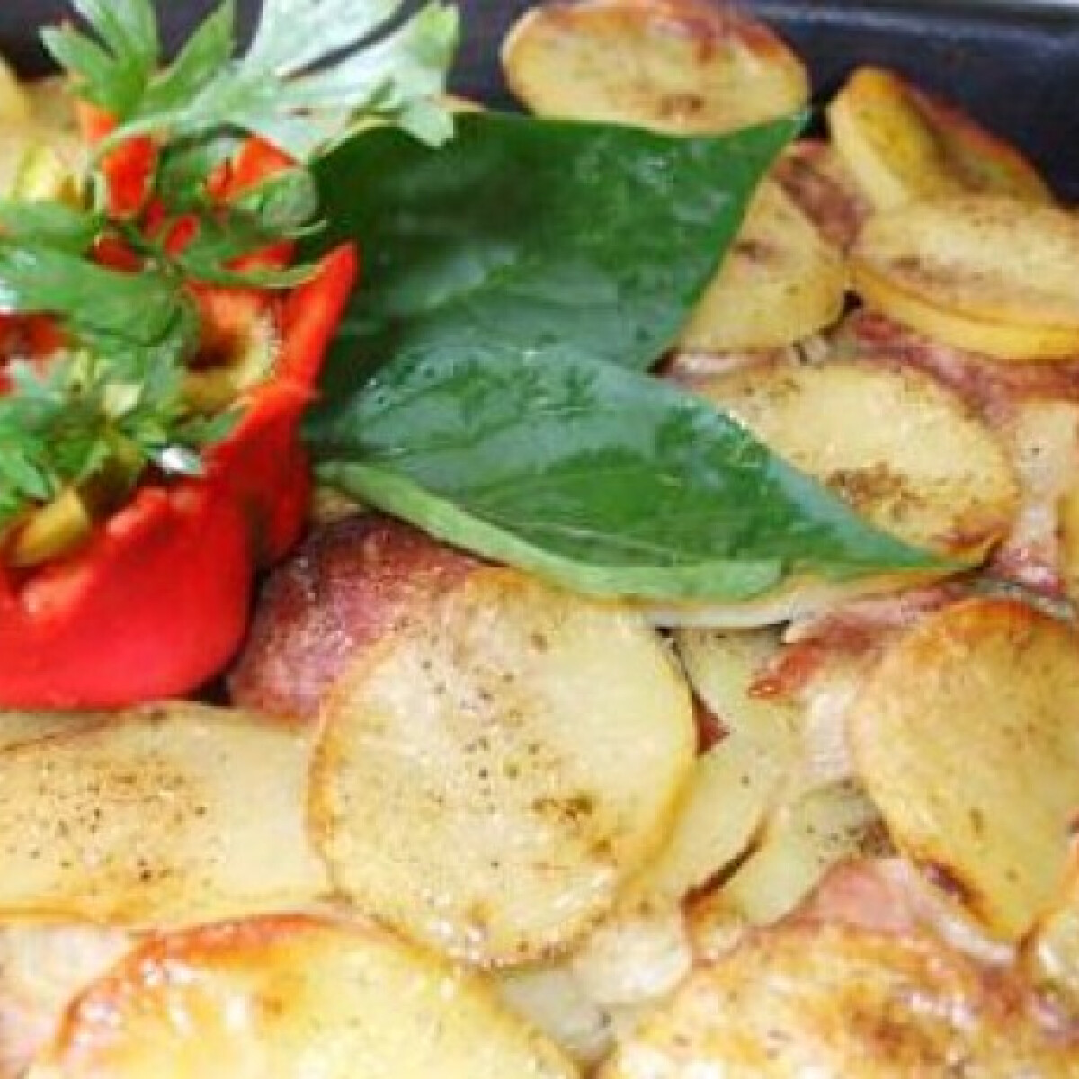 Ezen a képen: Betyárkrumpli Anci konyhájából