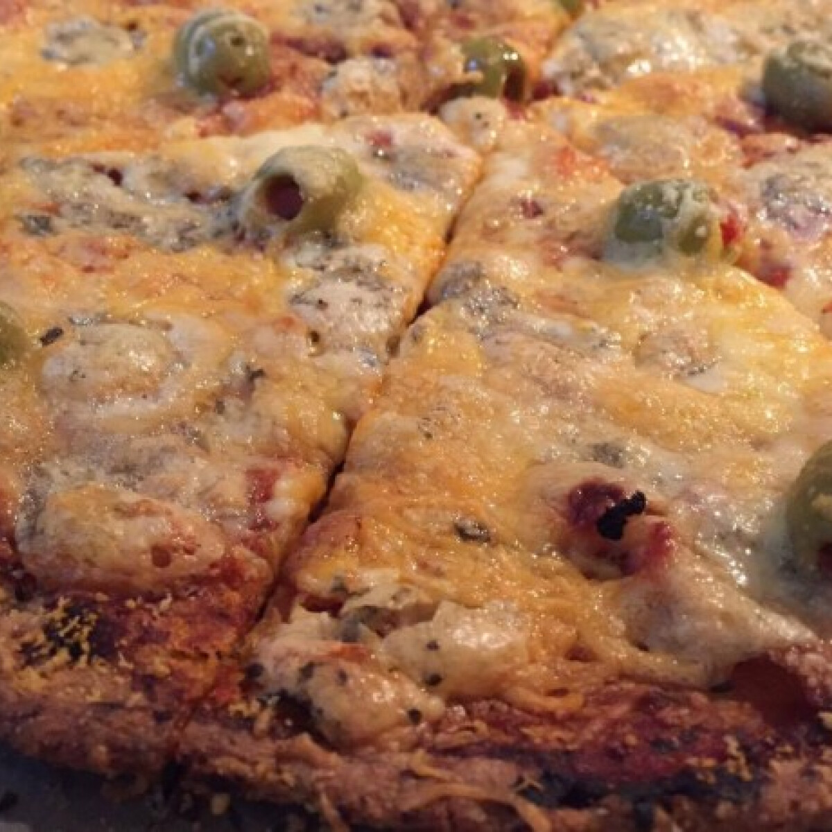 Ezen a képen: Gluténmentes házi pizza
