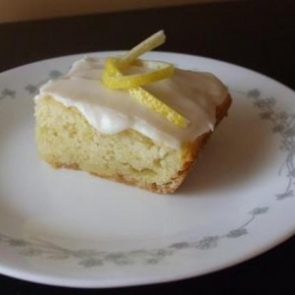 Gyúrás nélküli citromos süti