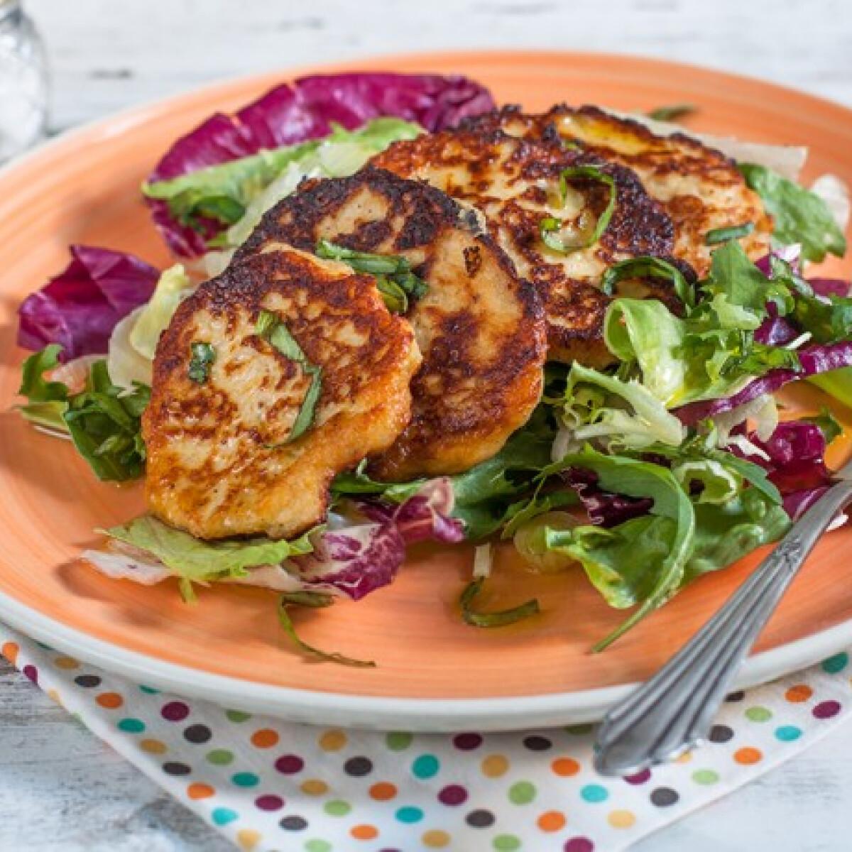 Ezen a képen: Ricotta ropogós friss salátával