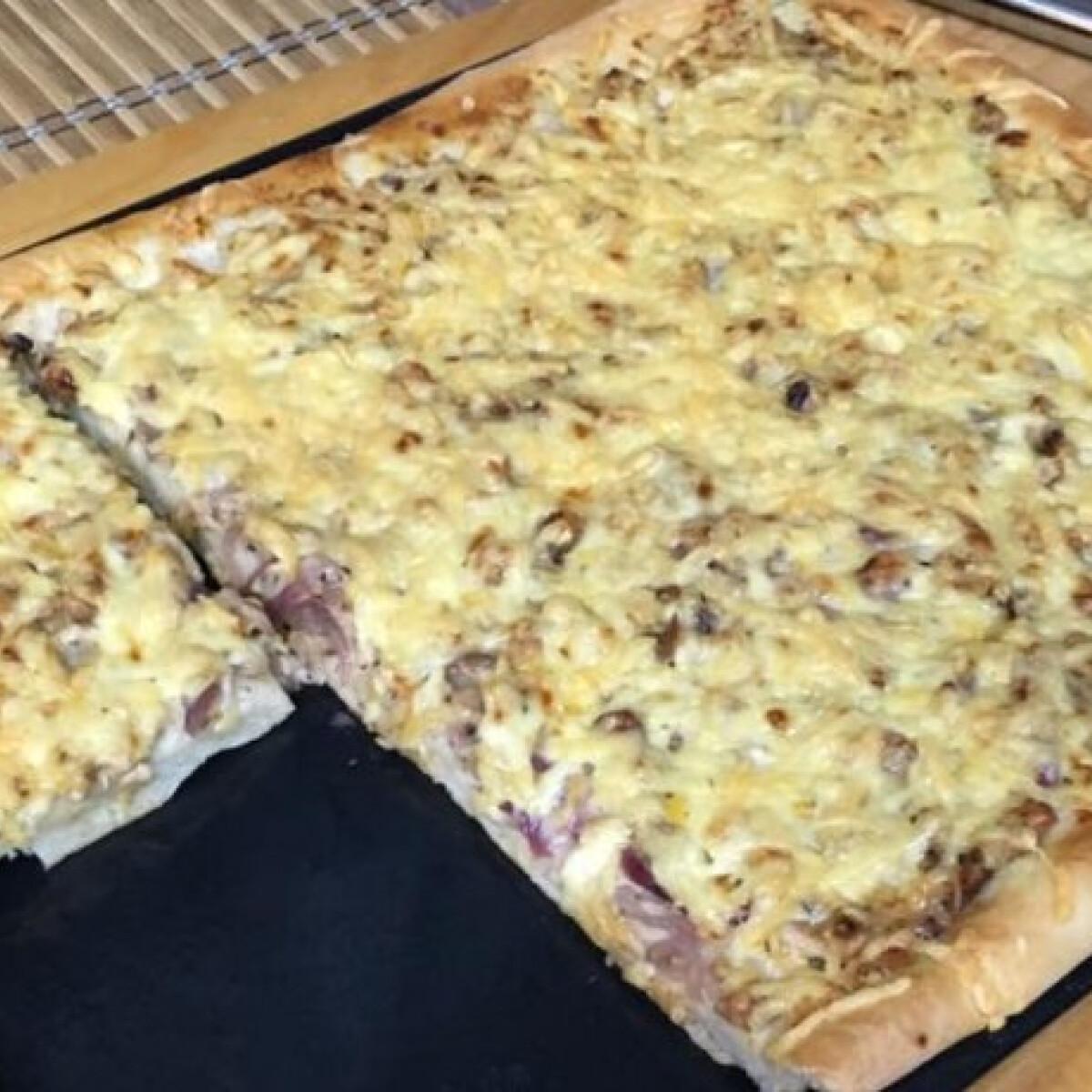 Gyrosos pizza ahogy Bessy készíti