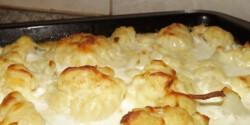 Csőben sült sajtos-tejszínes karfiol