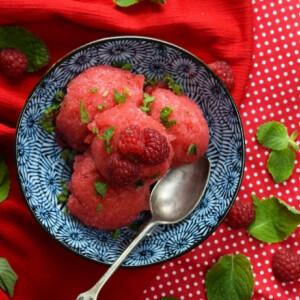 Málnás görögdinnyesorbet mentával