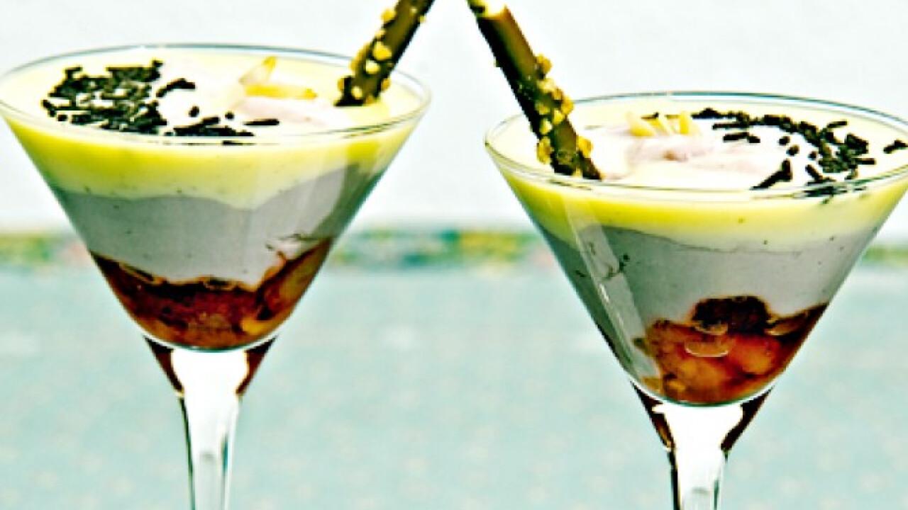 Fehér csokis-mascarponés-epres pohárkrém