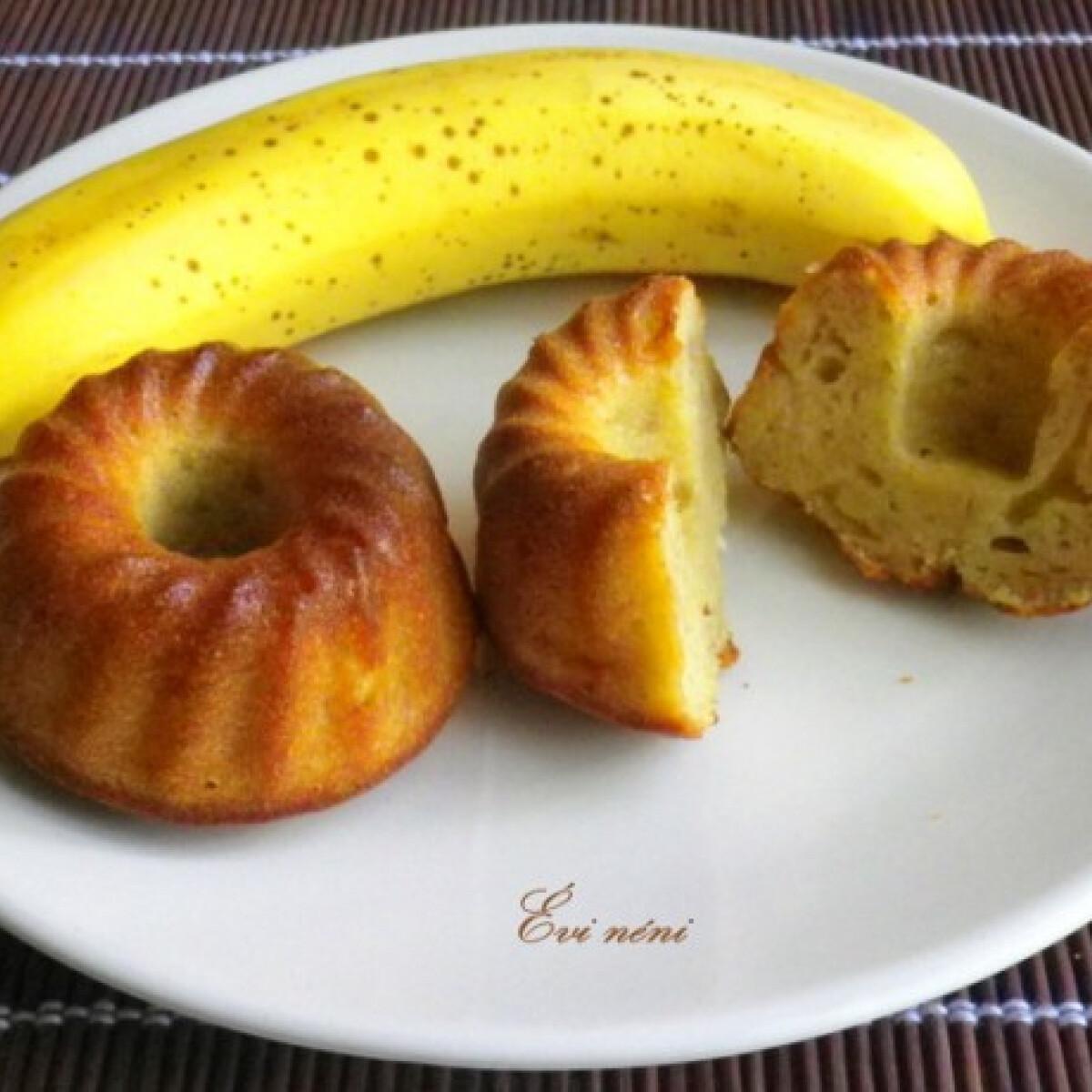 Ezen a képen: Banános muffin Évi nénitől