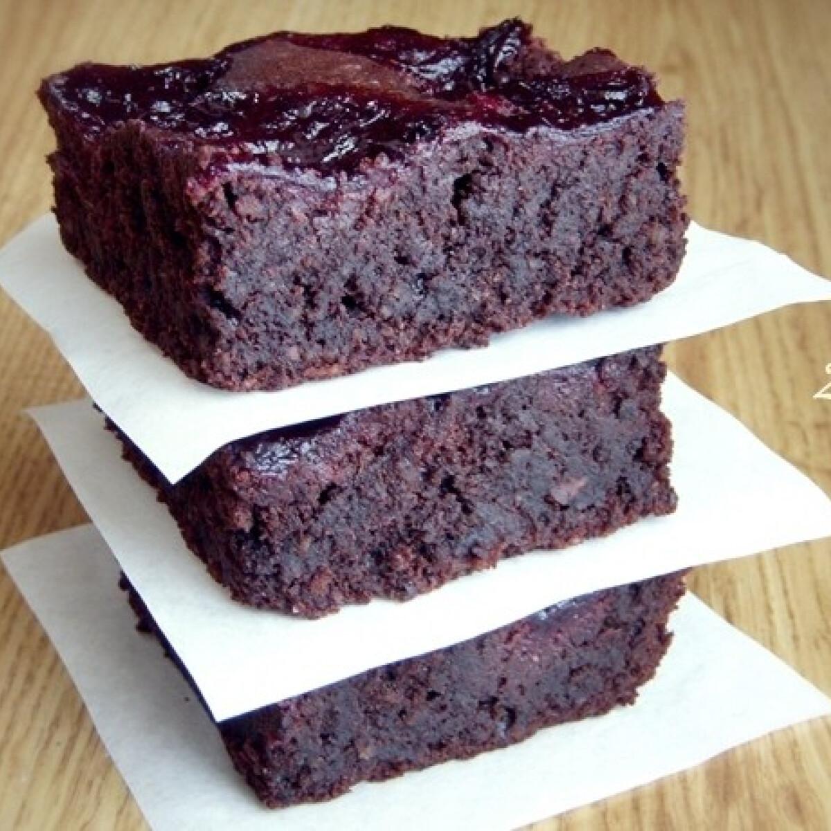 Szilvalekváros-vörösboros brownie