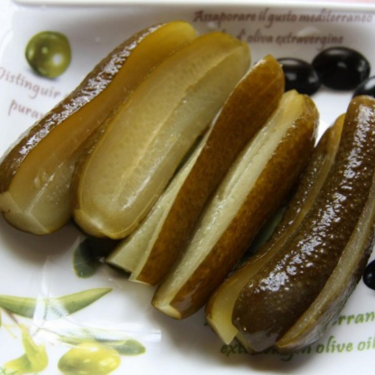 Ezen a képen: Kovászos uborka zoldjuli konyhájából