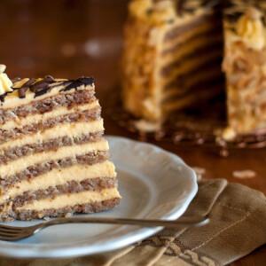 Hatlapos Eszterházy-torta