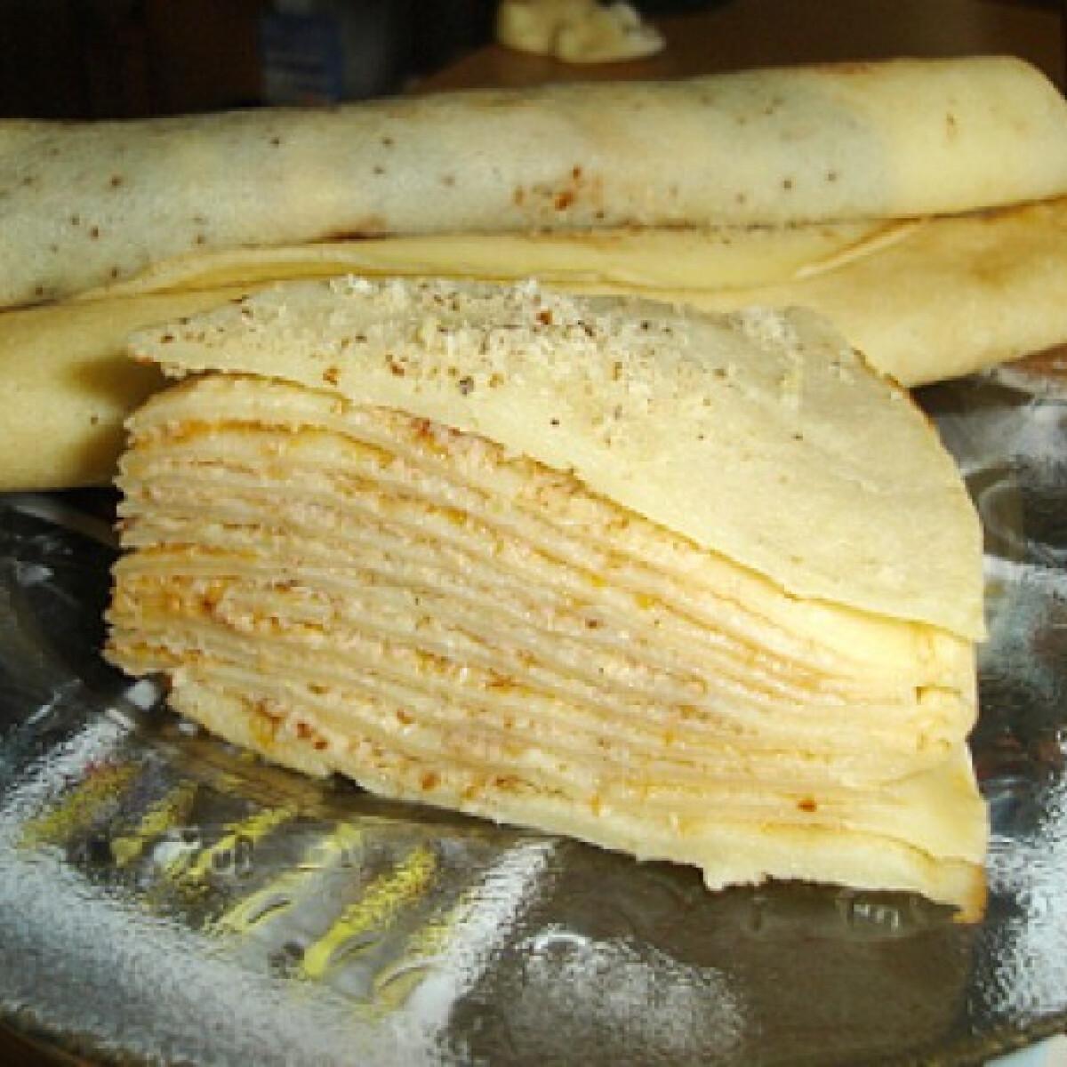 Ezen a képen: Narancslekváros-diós palacsinta