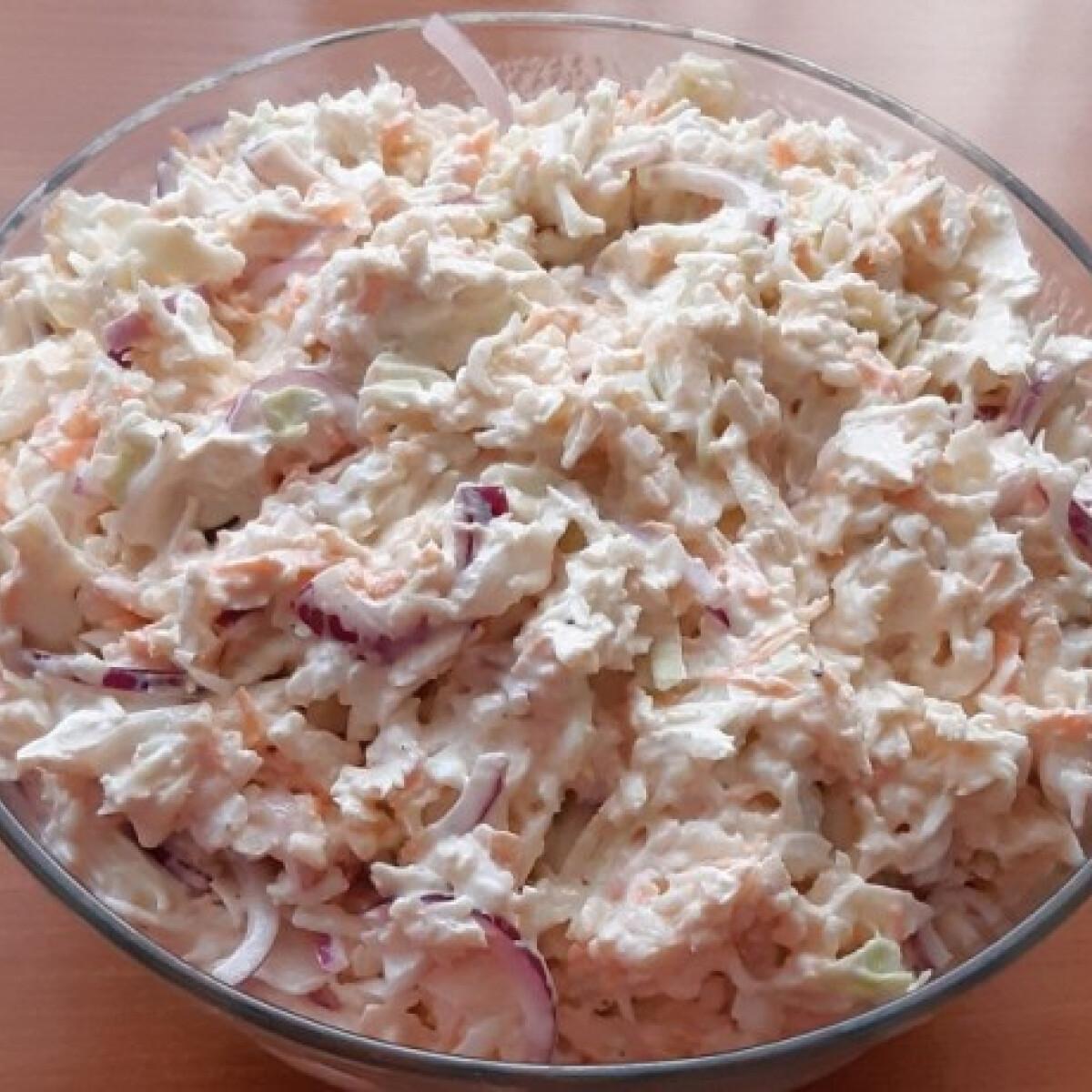 Ezen a képen: Vitaminsaláta Melóca konyhájából