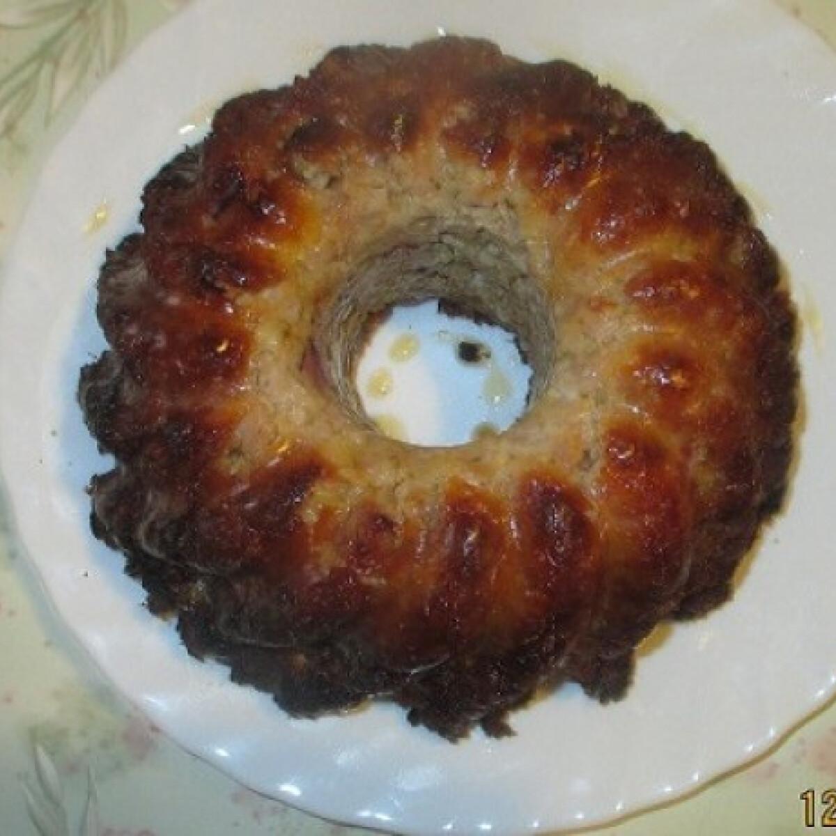 Ezen a képen: Fasírtkoszorú Szilviaanyus konyhájából