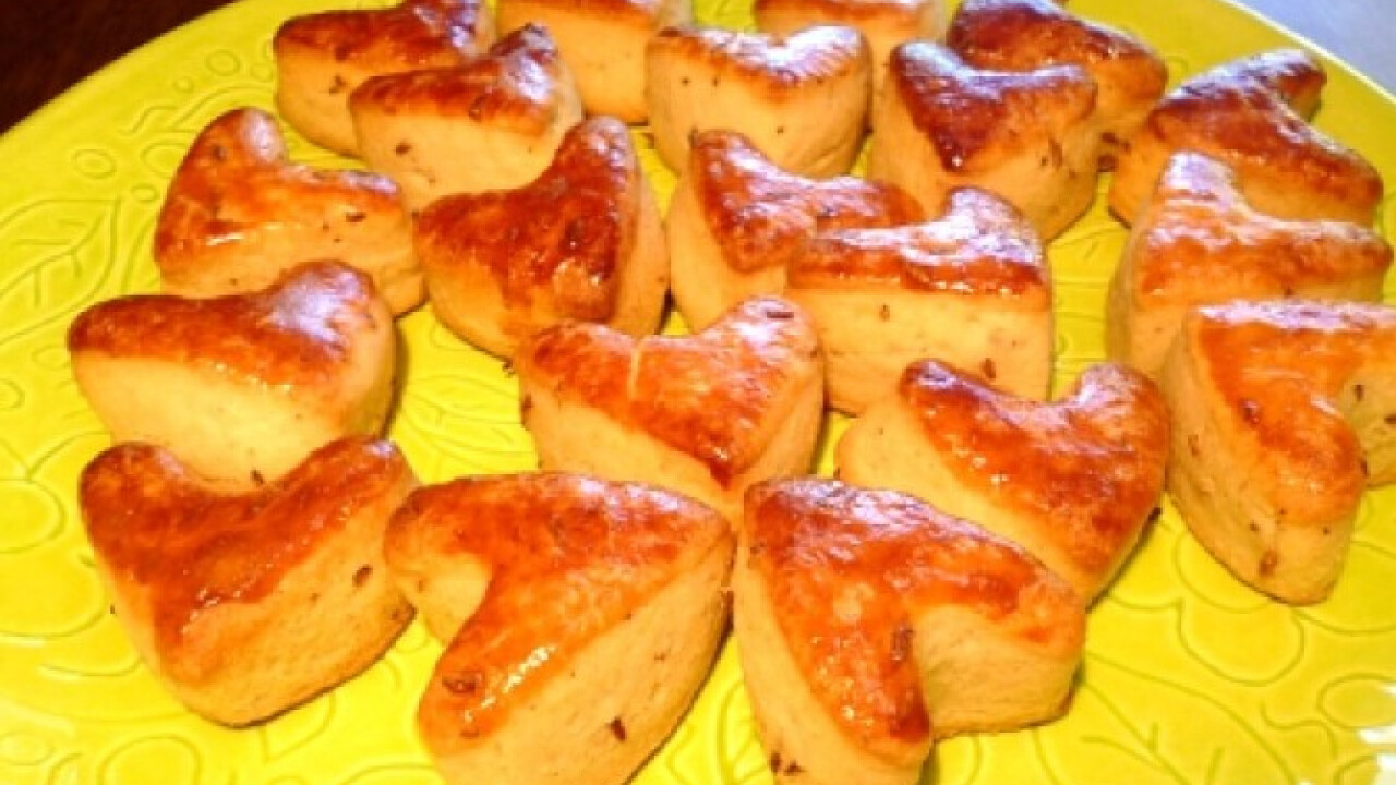 Valentin vajas-köményes pogácsa