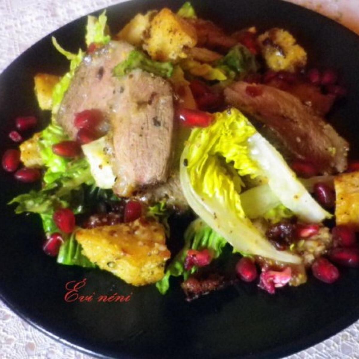 Ezen a képen: Cézár saláta kacsamellel