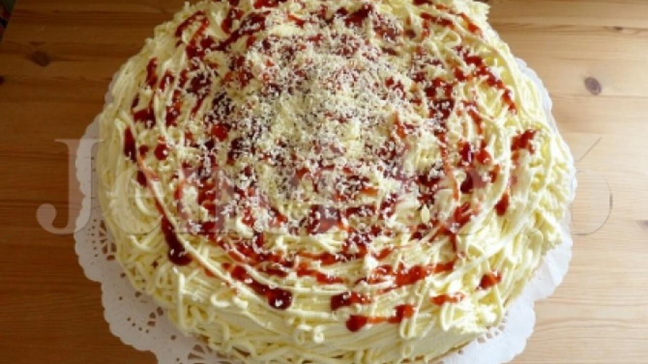Édes spagettitorta