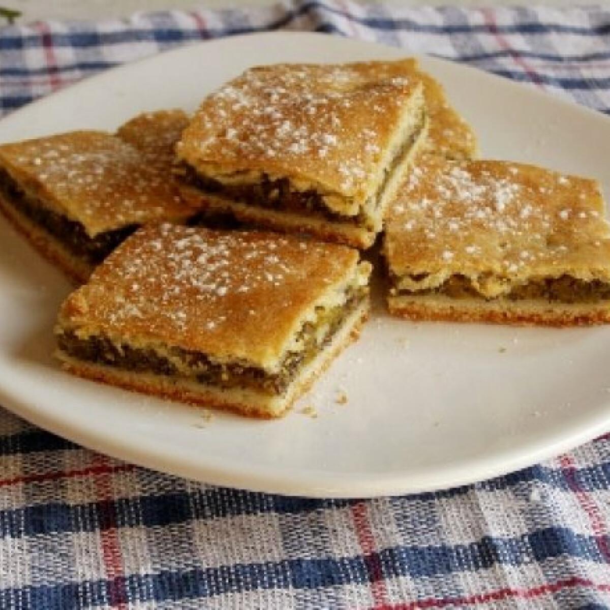 Ezen a képen: Sütőtökös-mákos pite