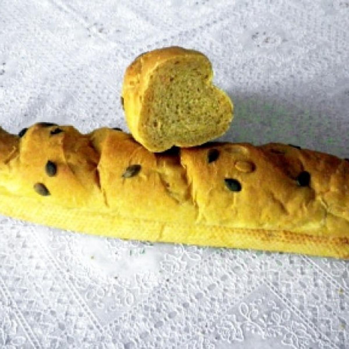 Ezen a képen: Tökmagos-sütőtökös baguette