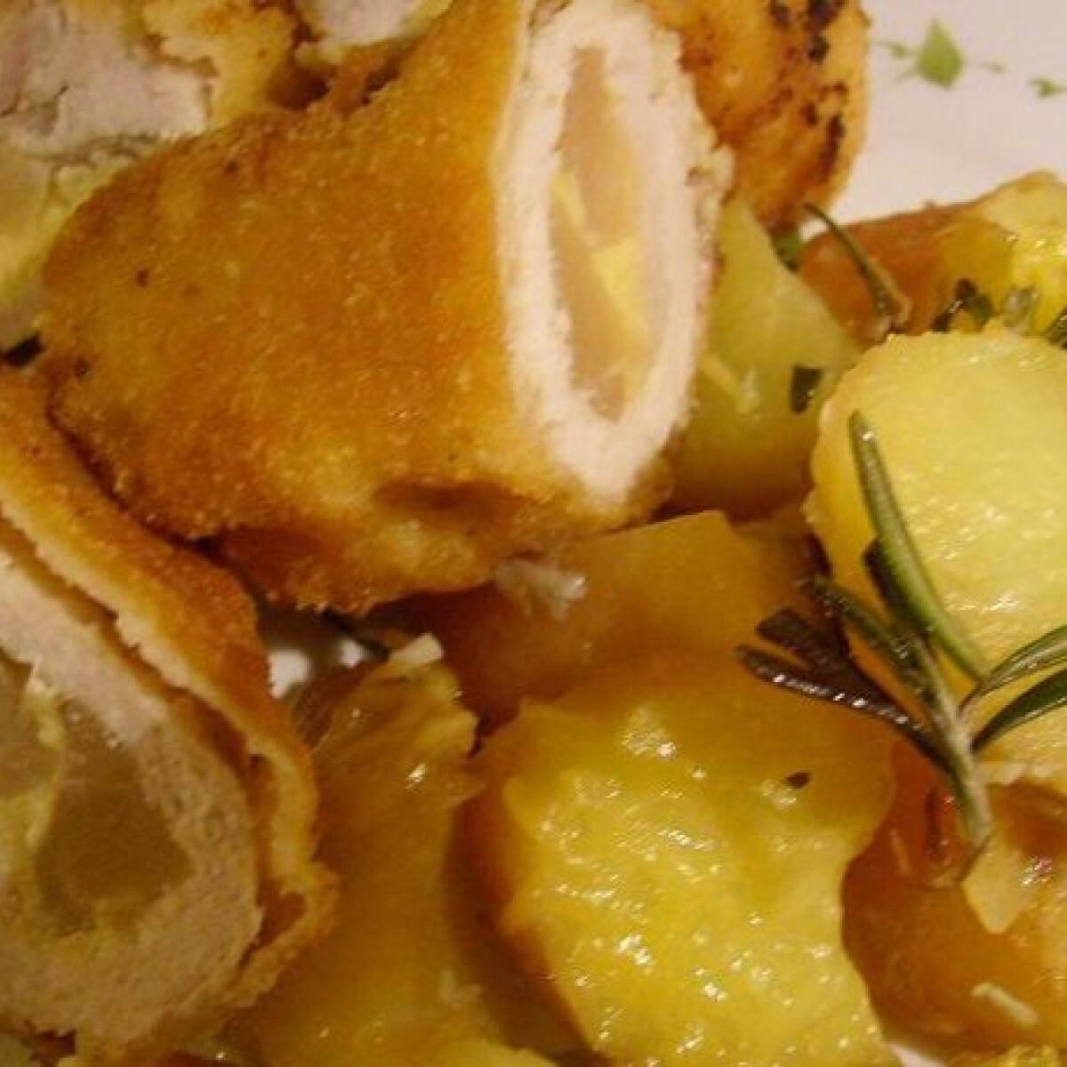 Ezen a képen: Gyümölcsös pulykamell pikáns burgonyával