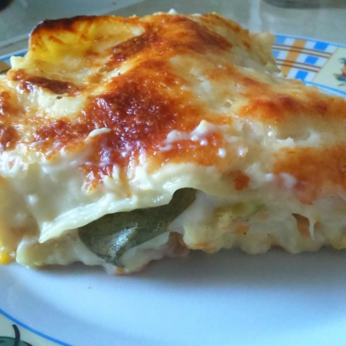 Ezen a képen: Tőkehalas karottás lasagne