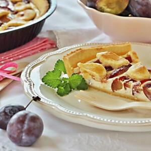 Ricottás karamellizált szilvás pite