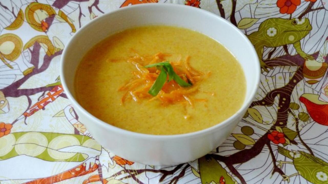 Currys-sárgarépás babkrémleves