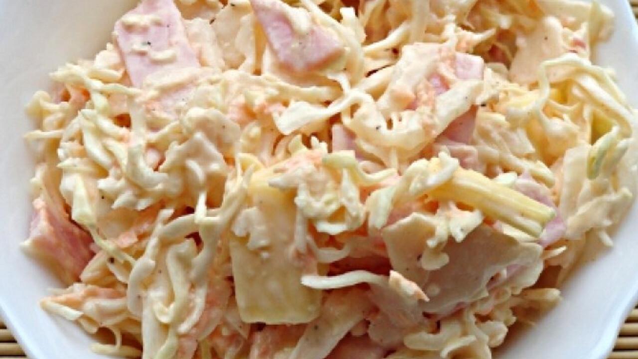 Sonkás-sajtos káposztasaláta