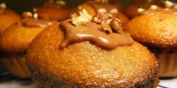 Mézes-pörkölt mogyorós muffin