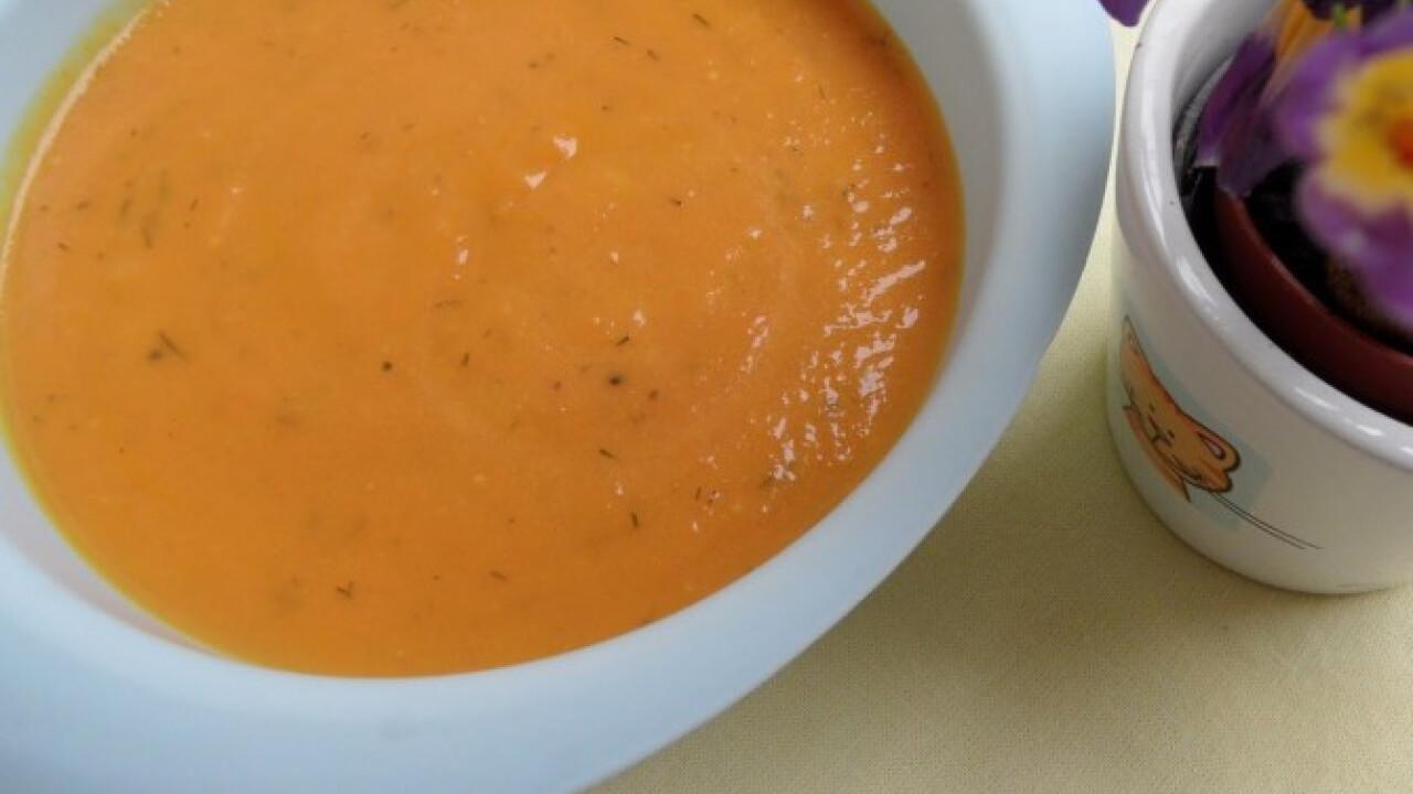Kapros sárgarépakrém-leves