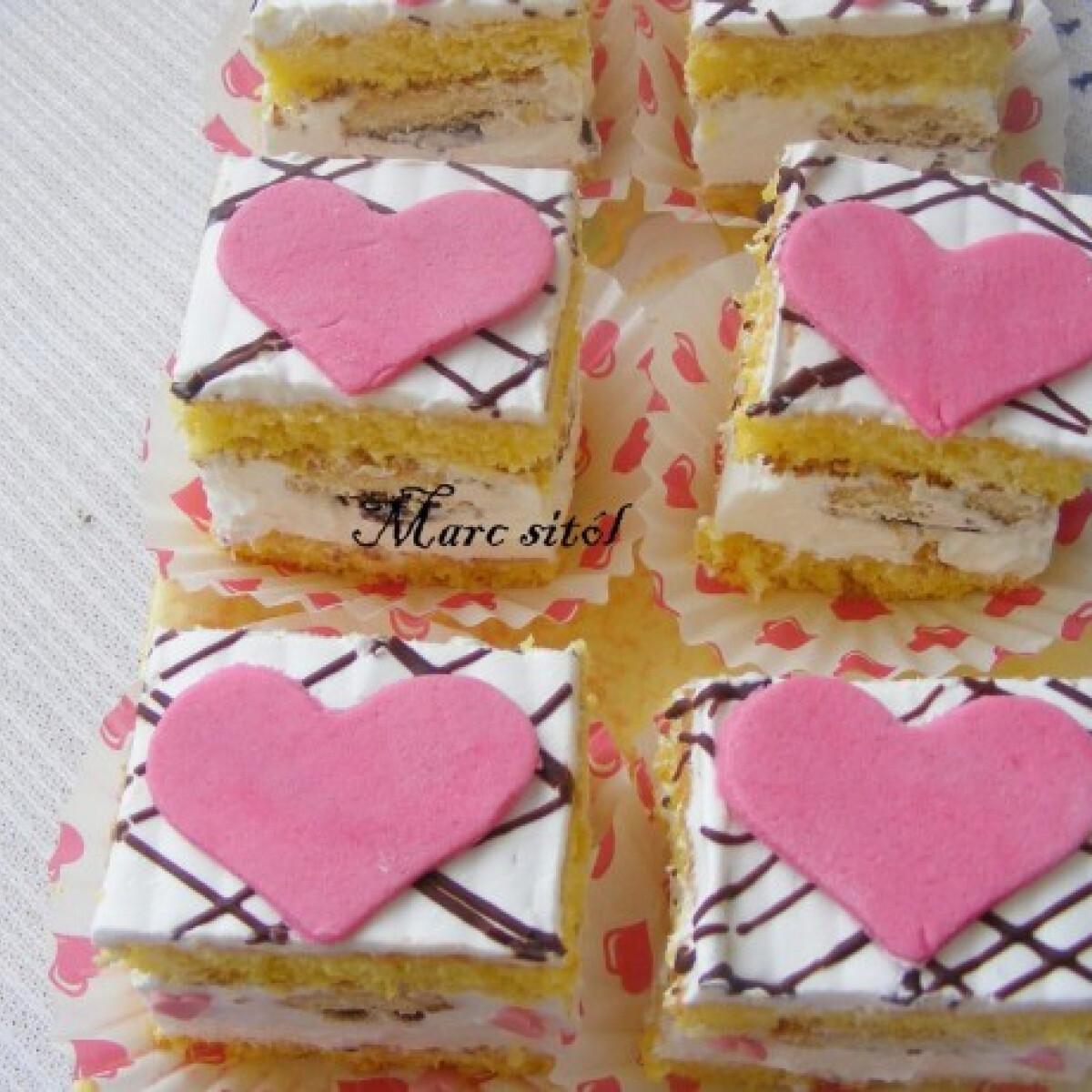 Ezen a képen: Szívecskés kocka Valentin napra
