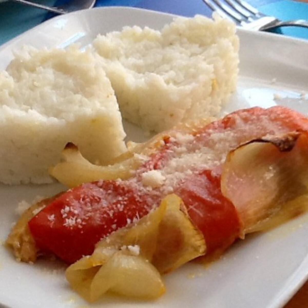 Ezen a képen: Parmezános paradicsomos csirke