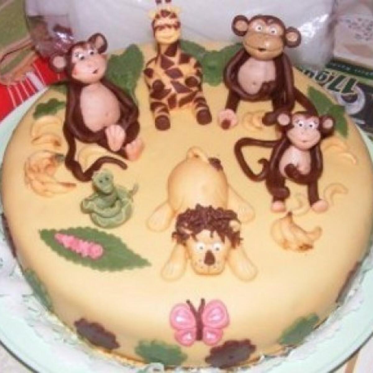 Dzsungeles sakktábla-torta