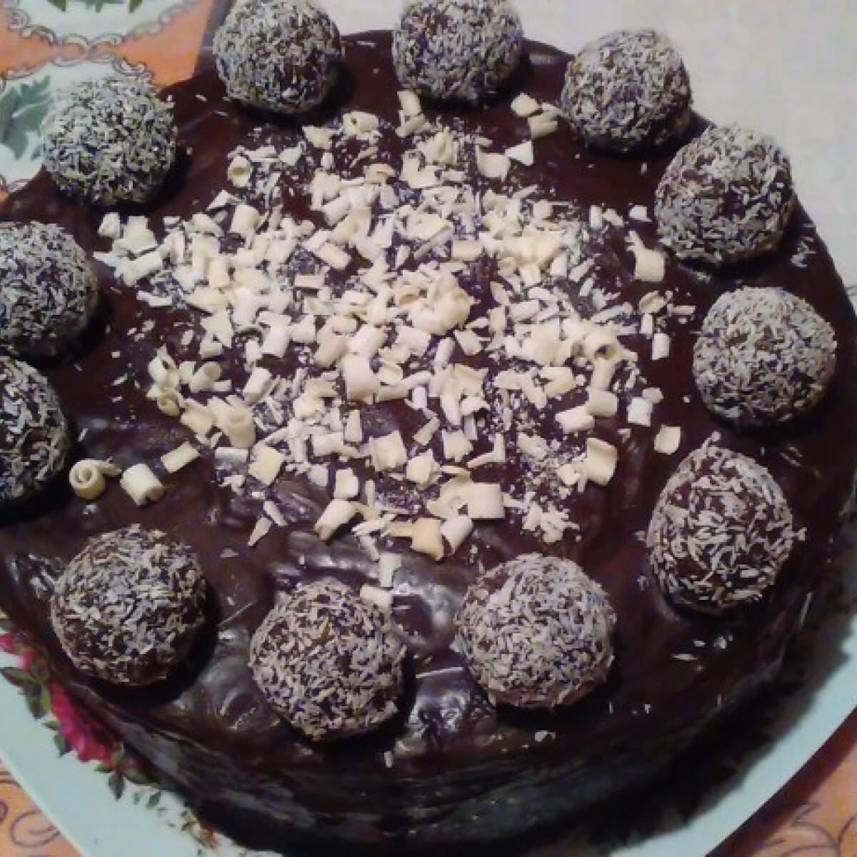 Ezen a képen: Bounty torta kókuszgolyókkal