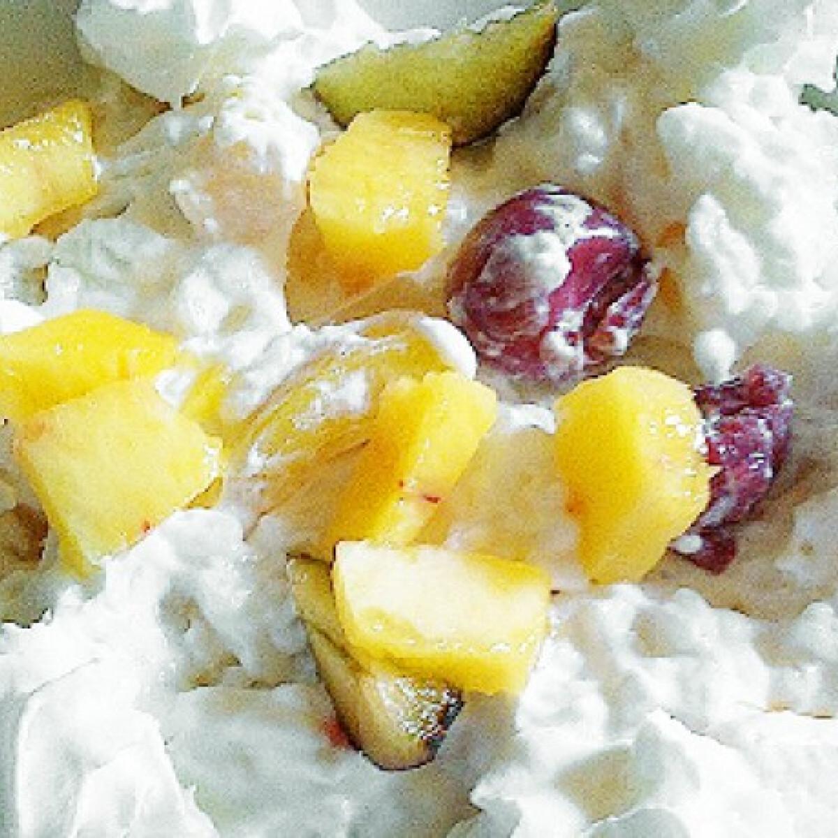 Ezen a képen: Gyümölcsrizs ahogy zora készíti