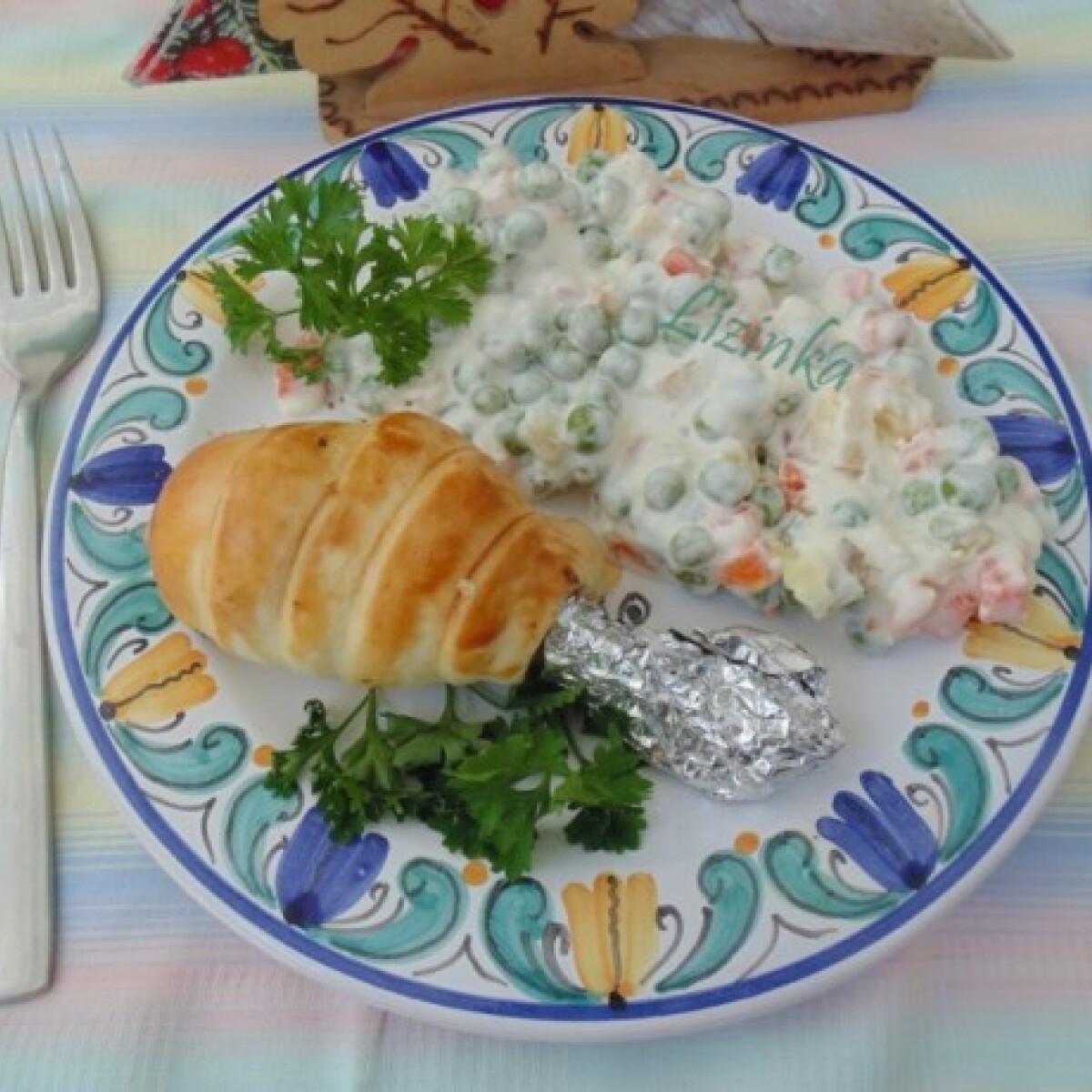 Ezen a képen: Provence-i csirkecomb tésztakéregben