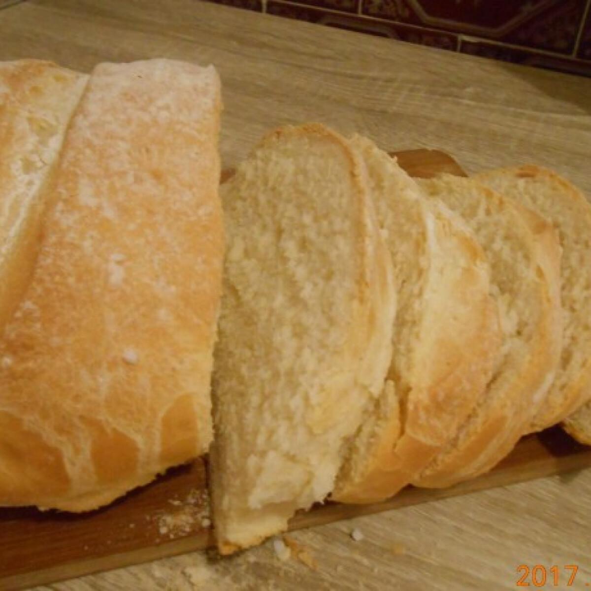 Ezen a képen: Francia kenyér Anettmama konyhájából