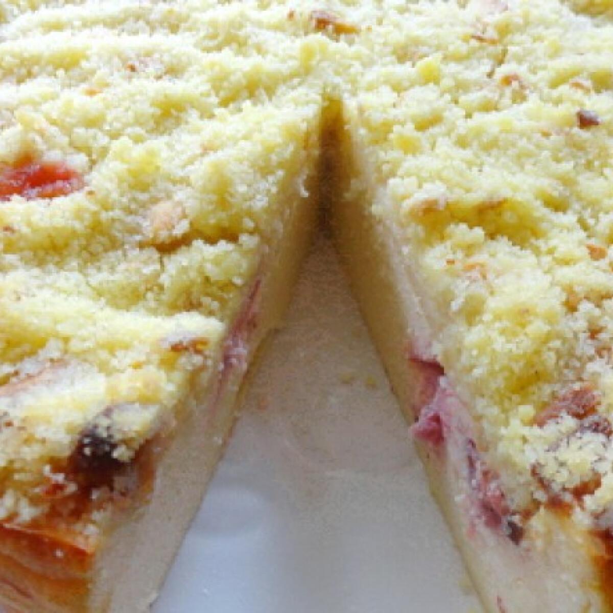 Ezen a képen: Epres-túrós sütemény Glasertől