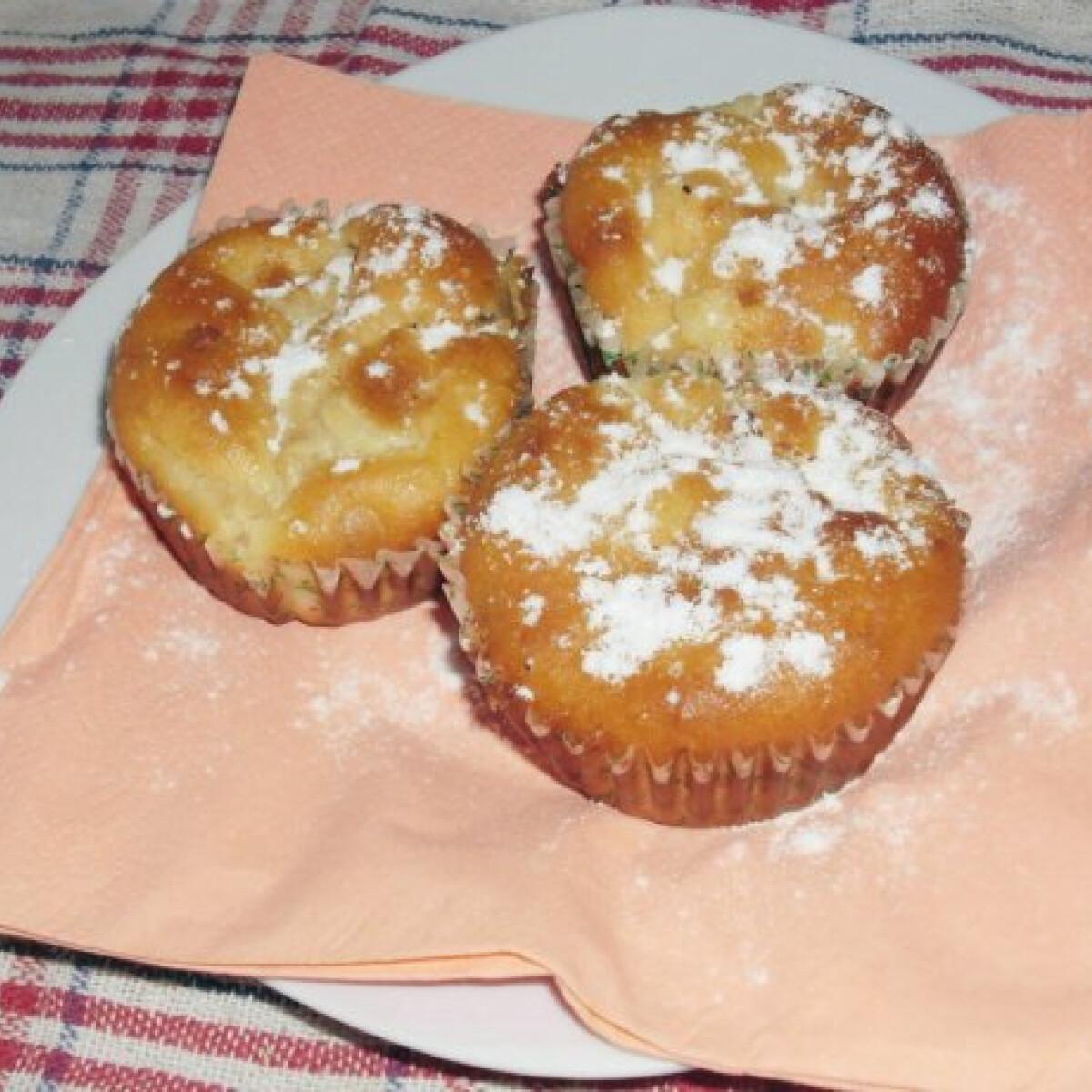 Ezen a képen: Körtés muffin kesudióval