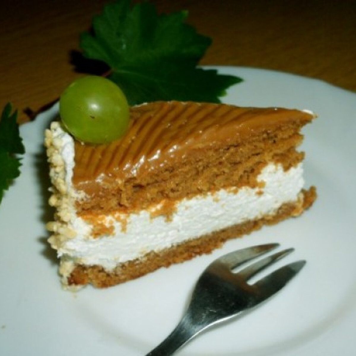 Ezen a képen: Karamell torta Sweetmeat konyhájából