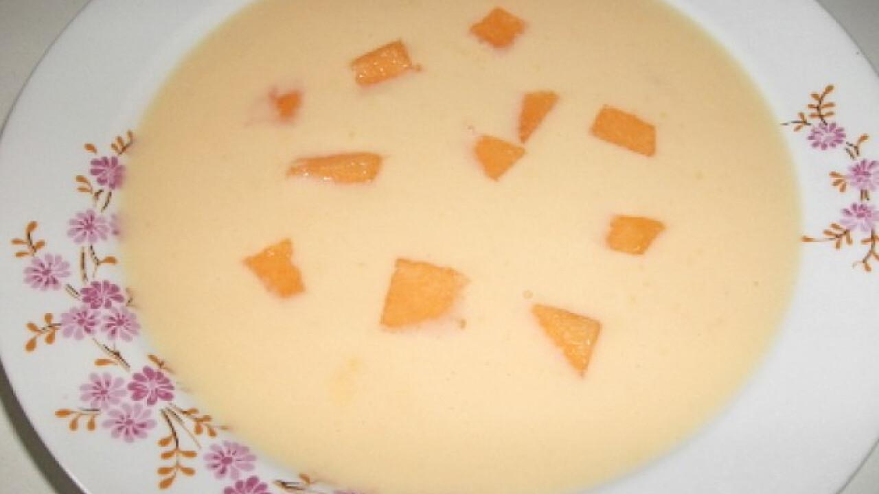 Sárgadinnyekrémleves Tímejjja konyhájából