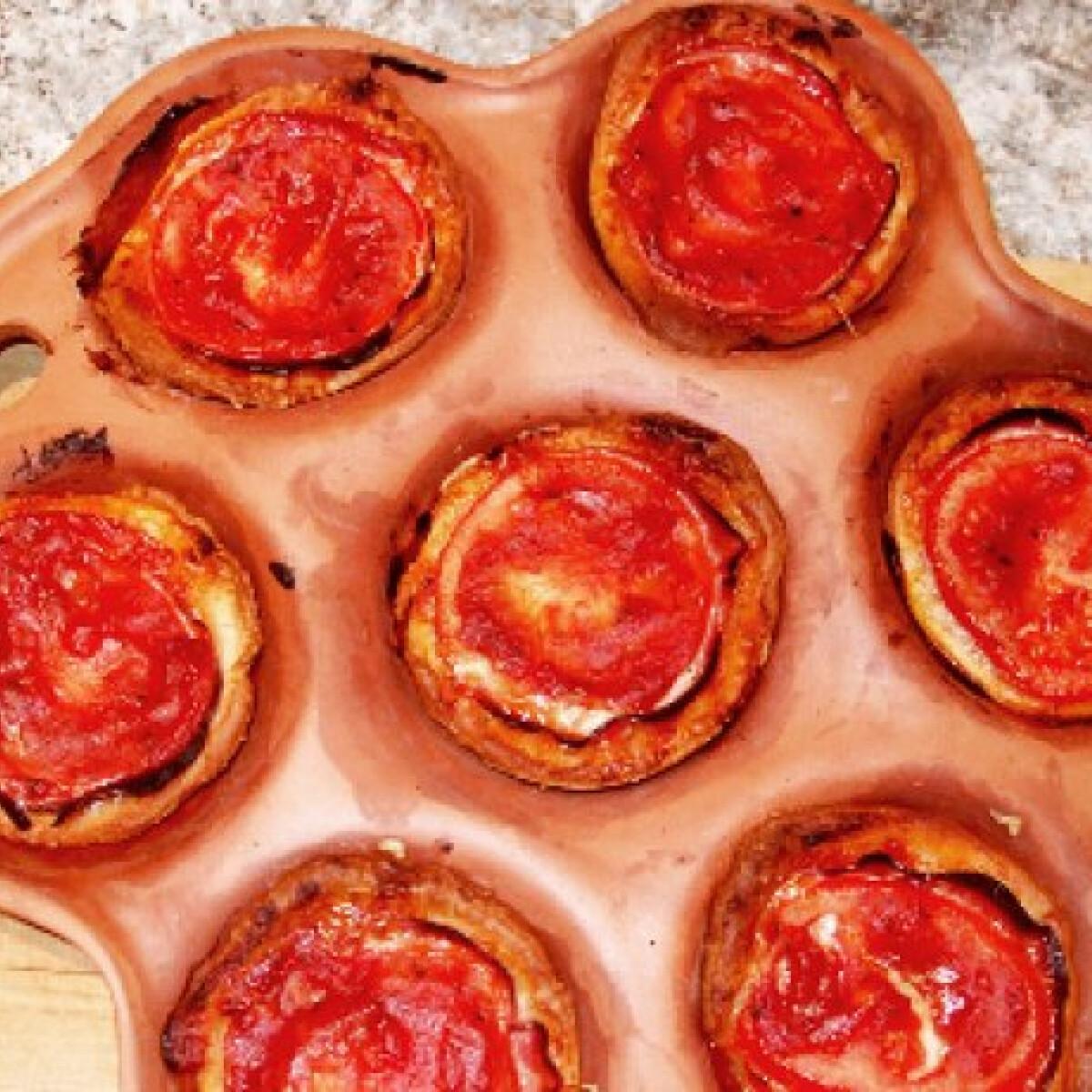 Ezen a képen: Mini pizzakosárkák