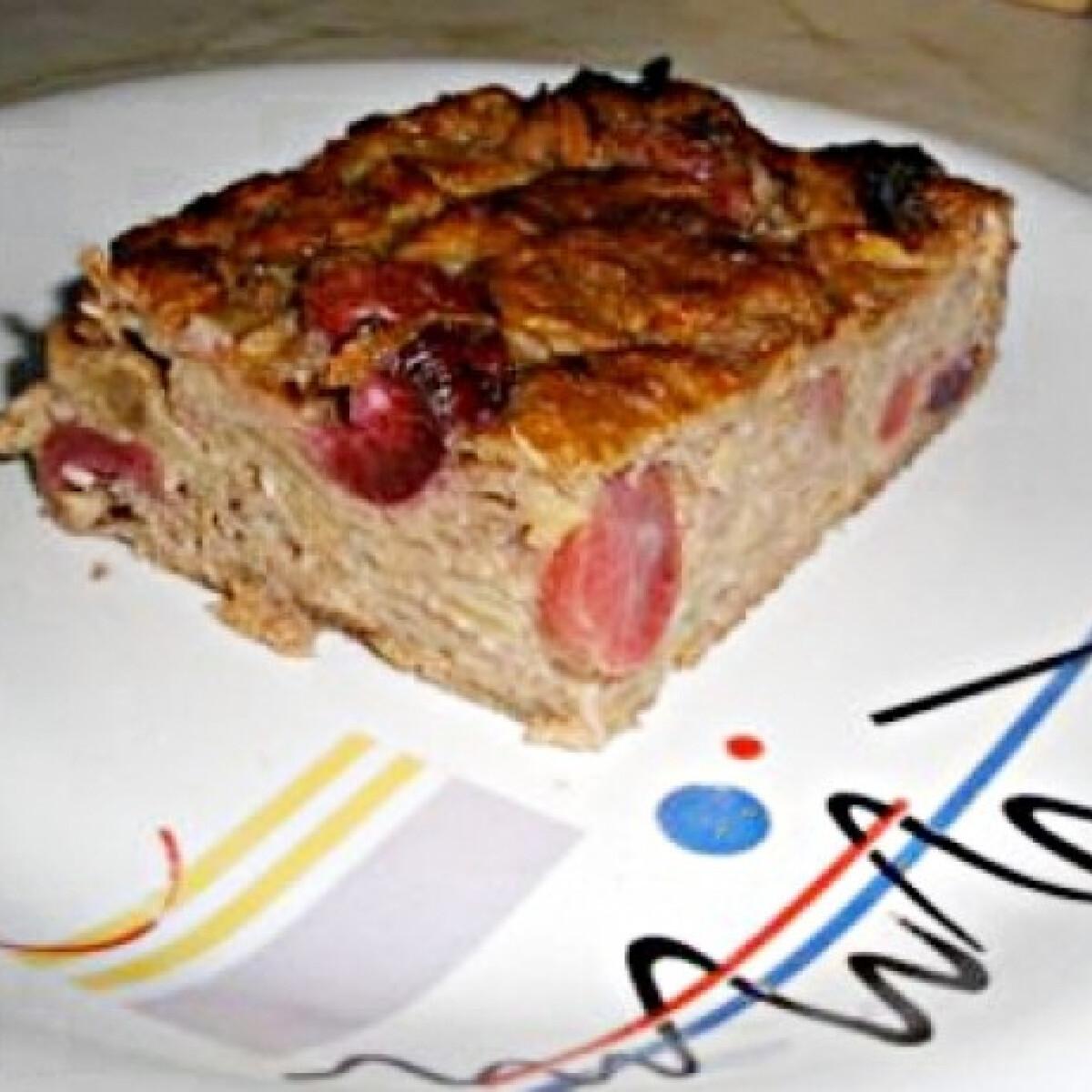 Ezen a képen: Kevert gyümölcsös paleo süti