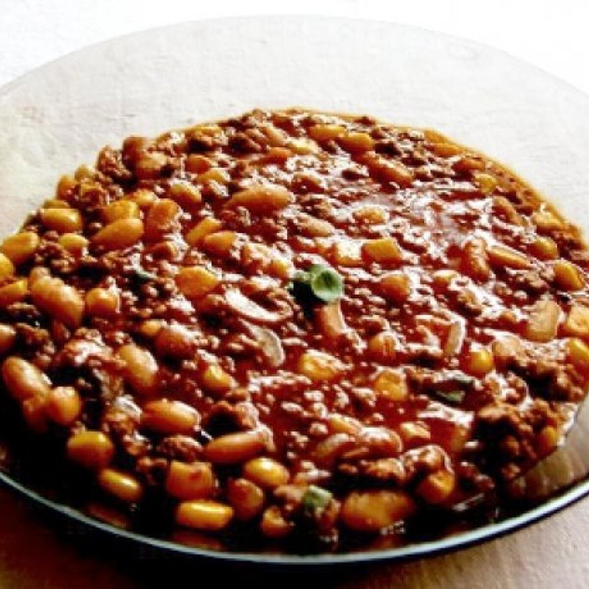 Ezen a képen: Gombás chilis bab