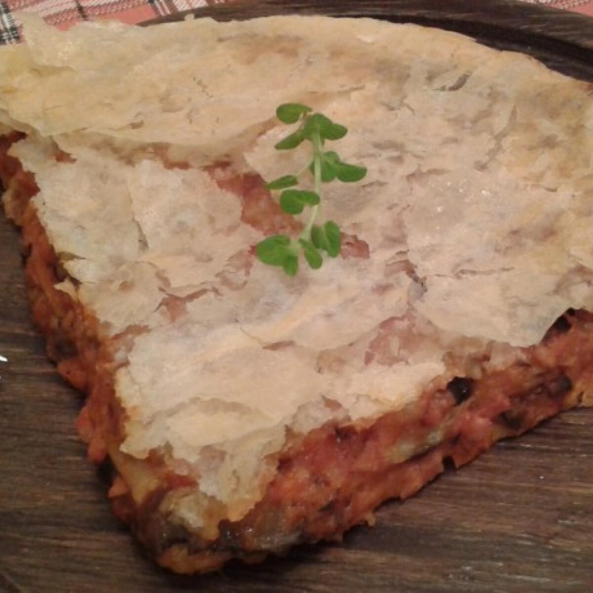 Ezen a képen: Pizzás burek