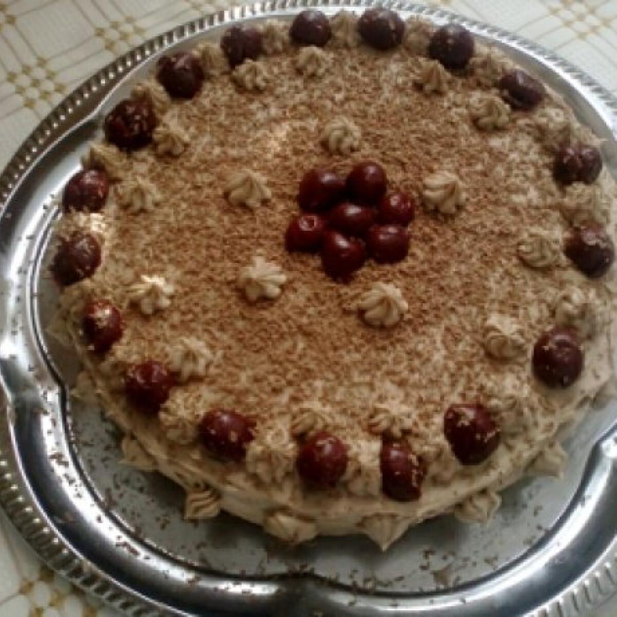 Ezen a képen: Lúdláb torta ahogy barathzizi készíti