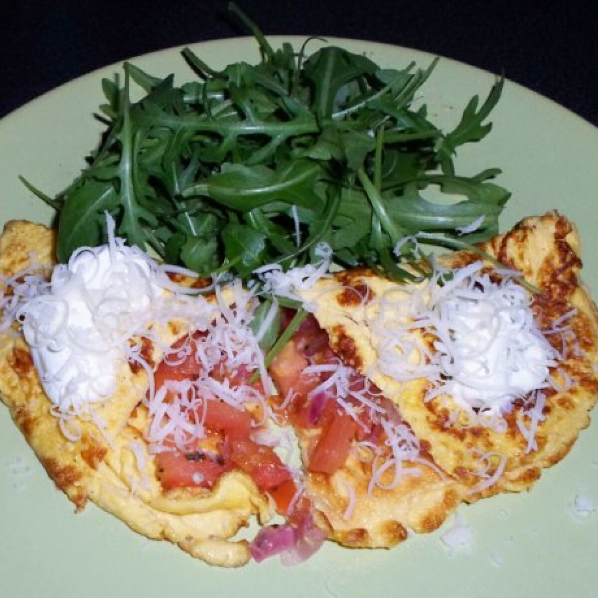 Ezen a képen: Tejfölös omlett zöldségekkel