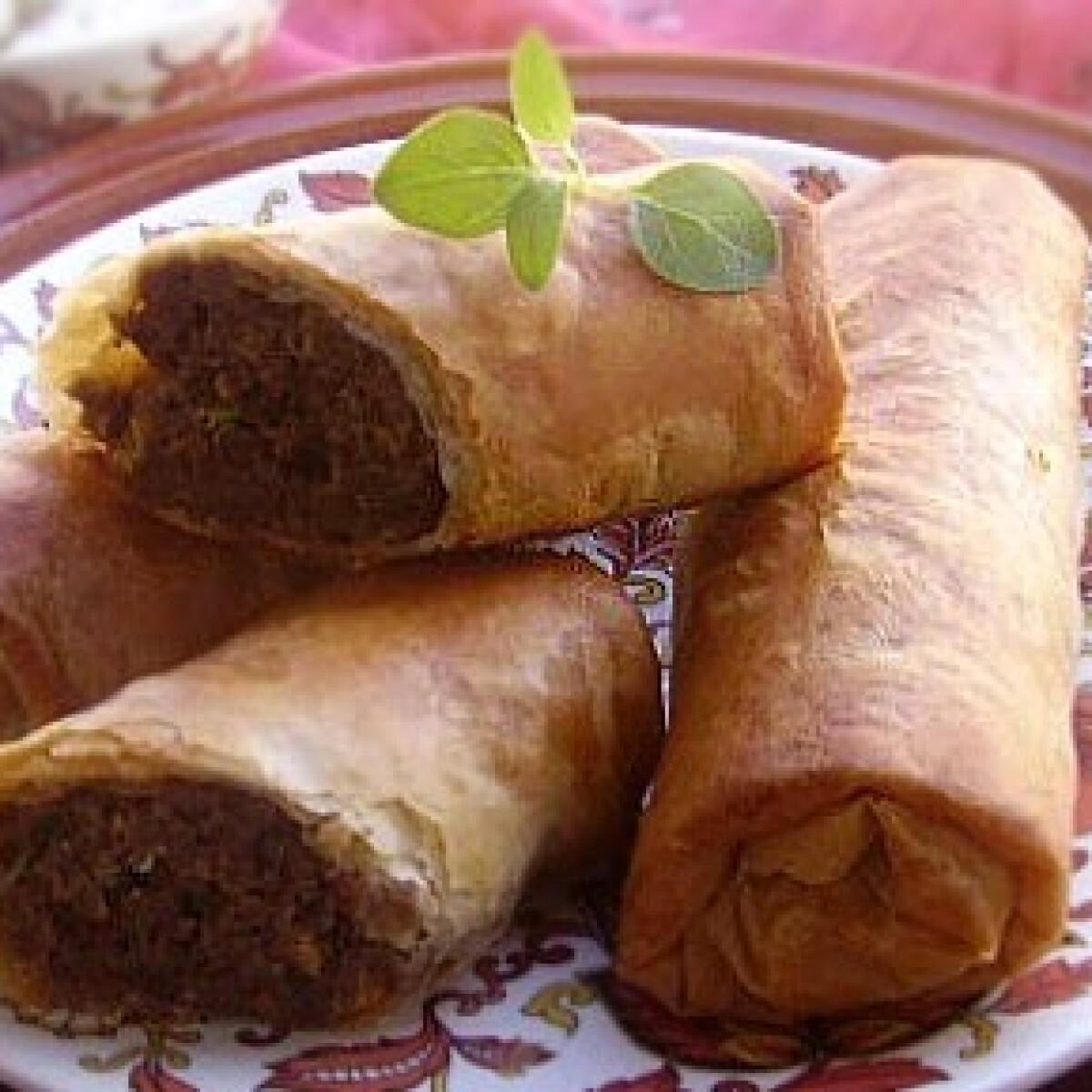 Ezen a képen: Arab húsos rétestekercs