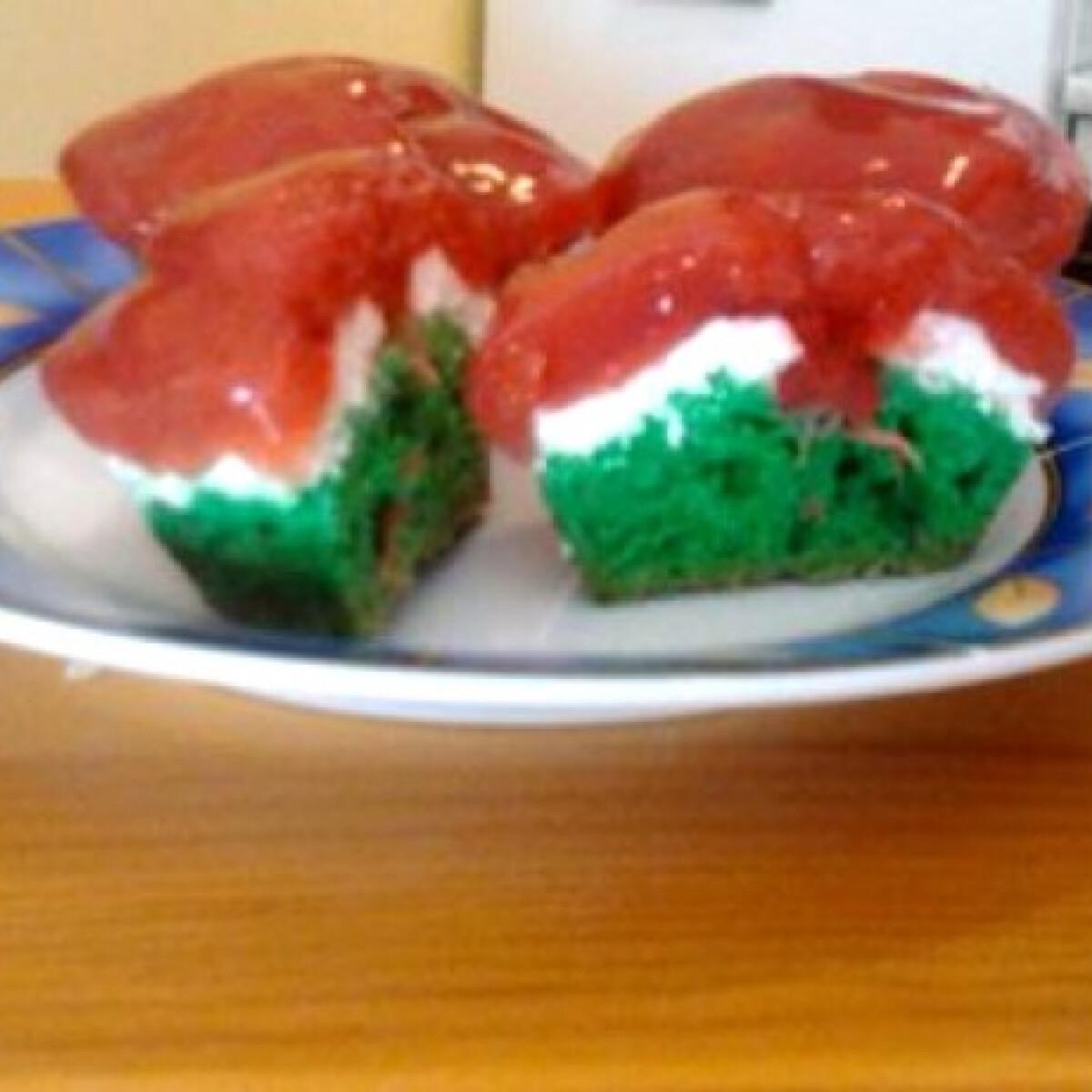 Ezen a képen: Kokárda muffin