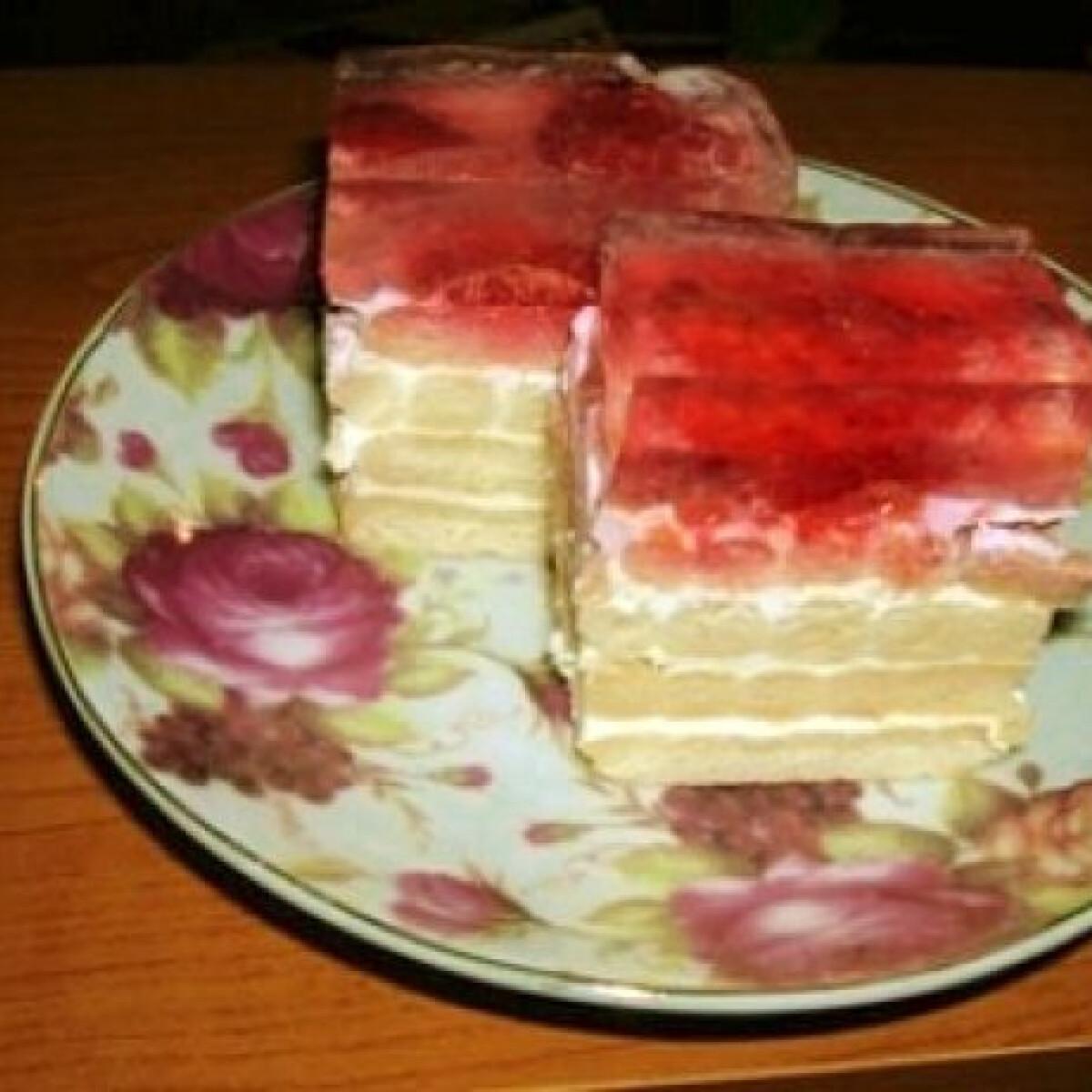 Ezen a képen: Gyümölcsös-tejfölös kekszsüti