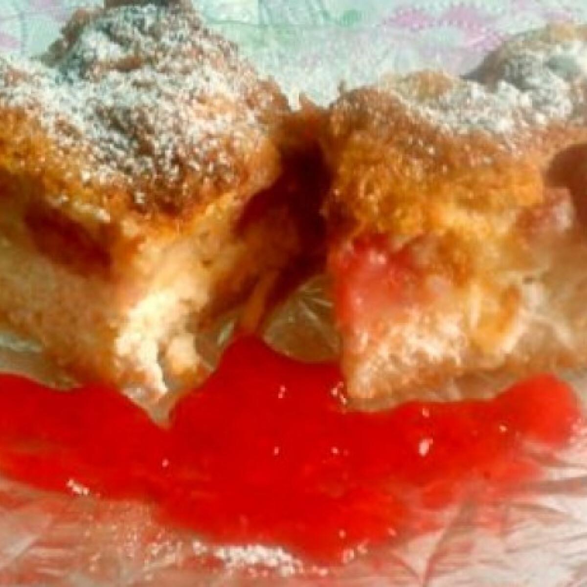 Ezen a képen: Szórt epres-túrós süti