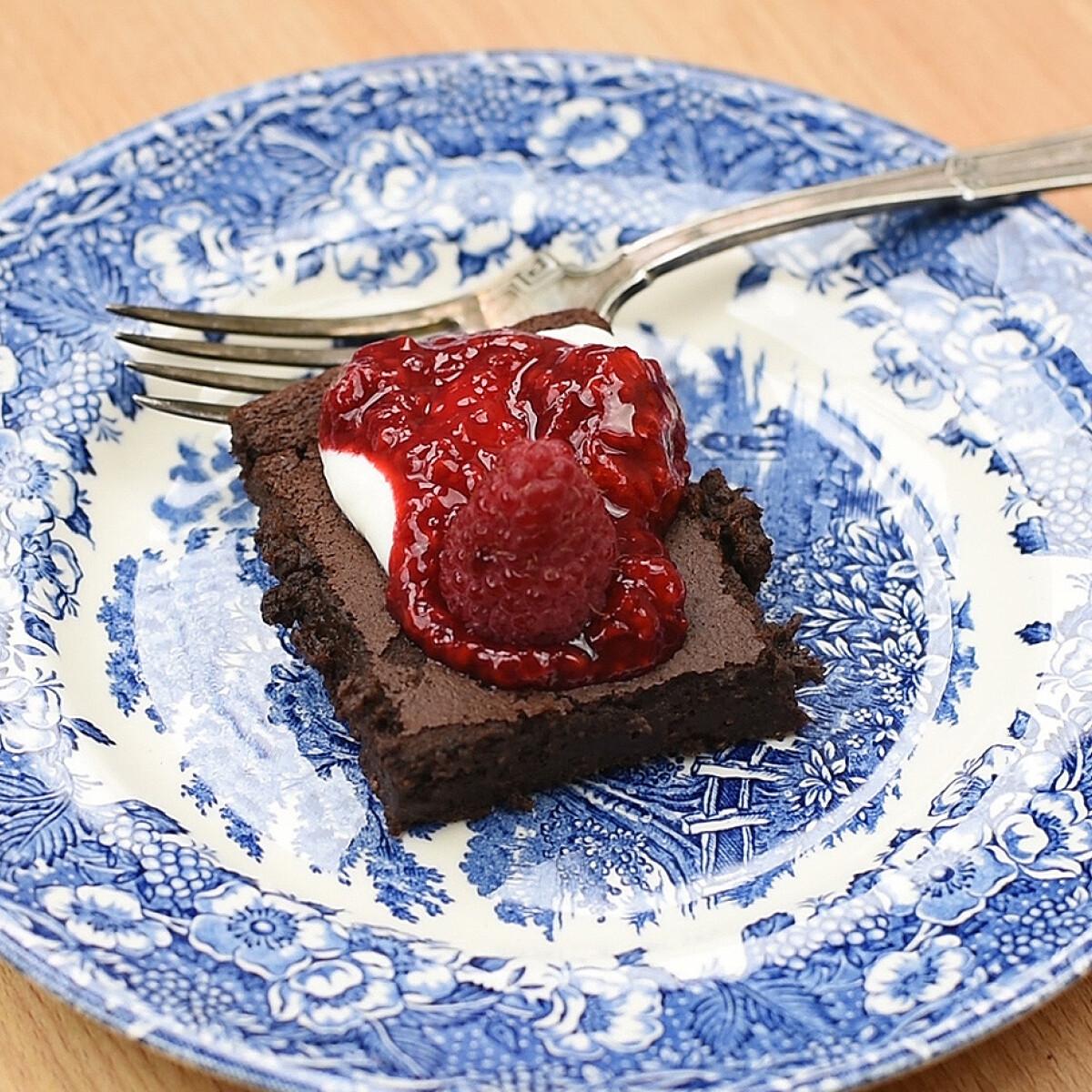 Ezen a képen: Brownie kalóriaszegényen